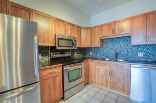 Photo 4: 206 360 Selby St in : Na Old City Condo for sale (Nanaimo)  : MLS®# 869534