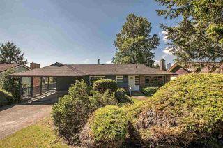 """Photo 3: 5408 MONARCH Street in Burnaby: Deer Lake Place House for sale in """"DEER LAKE PLACE"""" (Burnaby South)  : MLS®# R2171012"""