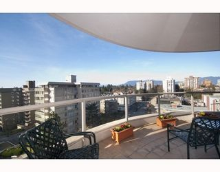 Photo 9: 901 5850 BALSAM Street in Vancouver West: Home for sale : MLS®# V810332