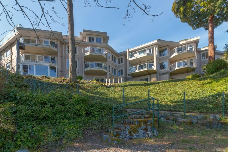 FEATURED LISTING: 304 - 1 Buddy Rd