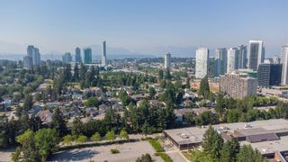 """Photo 31: 216 9672 134 Street in Surrey: Whalley Condo for sale in """"Parkswoods"""" (North Surrey)  : MLS®# R2599835"""