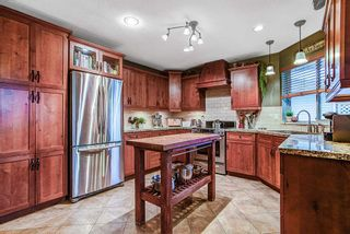Photo 2: 12381 189A Street in Pitt Meadows: Central Meadows House for sale : MLS®# R2046694