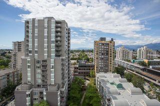 "Photo 13: 1405 5189 GASTON Street in Vancouver: Collingwood VE Condo for sale in ""MACGREGOR"" (Vancouver East)  : MLS®# R2385676"