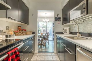 """Photo 10: 2002 10620 150 Street in Surrey: Guildford Townhouse for sale in """"Lincolins"""" (North Surrey)  : MLS®# R2459924"""