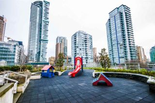 """Photo 19: 604 535 SMITHE Street in Vancouver: Downtown VW Condo for sale in """"DOLCE"""" (Vancouver West)  : MLS®# R2131310"""