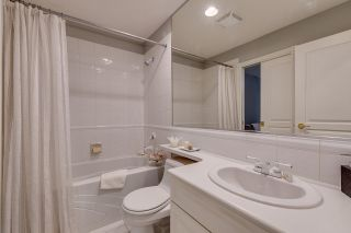 """Photo 15: 44 3405 PLATEAU Boulevard in Coquitlam: Westwood Plateau Townhouse for sale in """"Pinnacle Ridge"""" : MLS®# R2374216"""