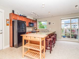 """Photo 4: 205 1174 WINGTIP Place in Squamish: Downtown SQ Condo for sale in """"Talon at Eaglewind"""" : MLS®# R2240739"""