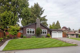 Photo 1: 5488 RAWLINS Crescent in Delta: Pebble Hill House for sale (Tsawwassen)  : MLS®# R2169368