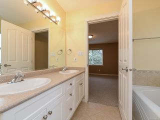 Photo 23: 106 2077 St Andrews Way in COURTENAY: CV Courtenay East Row/Townhouse for sale (Comox Valley)  : MLS®# 836791