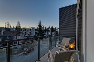 Photo 3: 405 93 34 Avenue SW in Calgary: Parkhill Apartment for sale : MLS®# A1095542