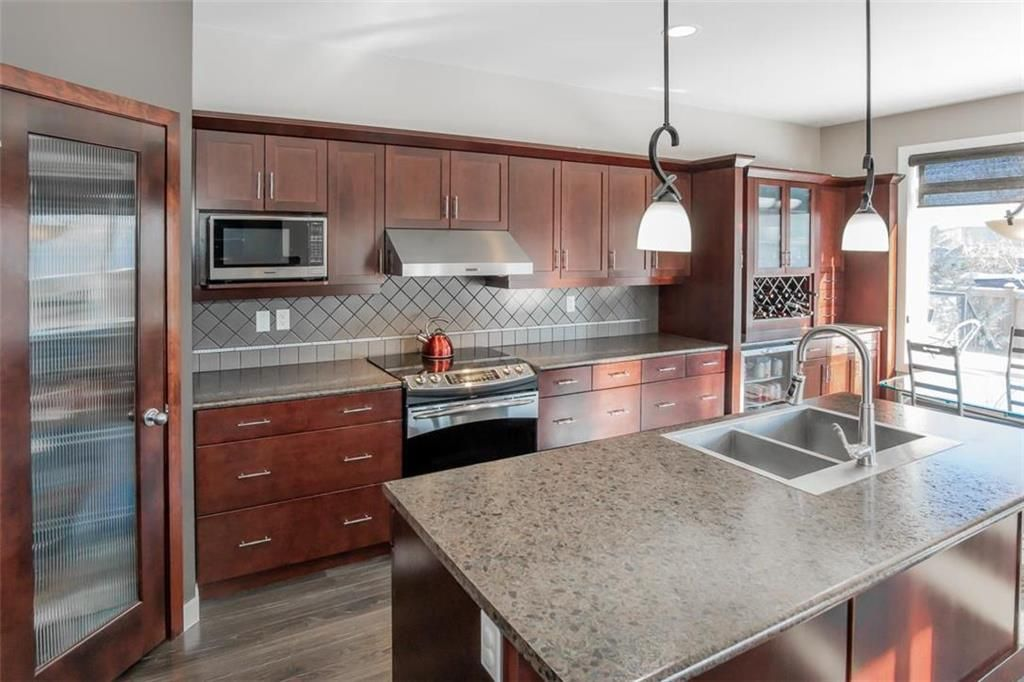 Photo 13: Photos: 35 Ravine Drive in Winnipeg: River Pointe Residential for sale (2C)  : MLS®# 202101783