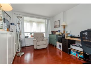 """Photo 15: 707 15111 RUSSELL Avenue: White Rock Condo for sale in """"PACIFIC TERRACE"""" (South Surrey White Rock)  : MLS®# R2074159"""