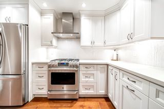 Photo 12: 2321 MARINE Drive in West Vancouver: Dundarave 1/2 Duplex for sale : MLS®# R2617952
