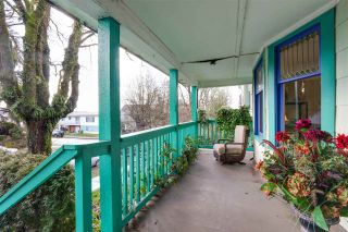 Photo 2: 1847 VENABLES Street in Vancouver: Hastings House for sale (Vancouver East)  : MLS®# R2034976