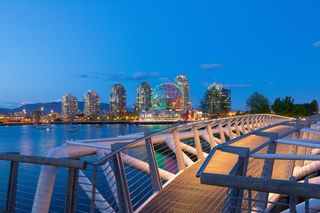 """Photo 24: 1510 111 E 1ST Avenue in Vancouver: Mount Pleasant VE Condo for sale in """"BLOCK 100"""" (Vancouver East)  : MLS®# R2607097"""