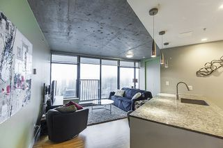 """Photo 2: 3608 128 W CORDOVA Street in Vancouver: Downtown VW Condo for sale in """"Woodwards (W43)"""" (Vancouver West)  : MLS®# R2559958"""
