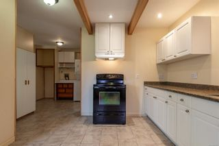 Photo 2: 1910 Galerno Rd in : CR Willow Point House for sale (Campbell River)  : MLS®# 856337