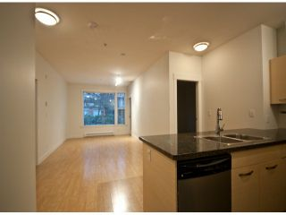 """Photo 5: 119 33539 HOLLAND Avenue in Abbotsford: Central Abbotsford Condo for sale in """"The Crossing"""" : MLS®# F1427624"""