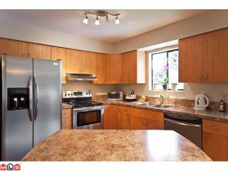 """Photo 6: 20712 39TH Avenue in Langley: Brookswood Langley House for sale in """"Brookswood"""" : MLS®# F1110432"""
