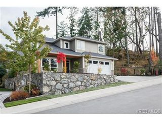 Photo 2: 3649 Coleman Pl in VICTORIA: Co Latoria House for sale (Colwood)  : MLS®# 685080