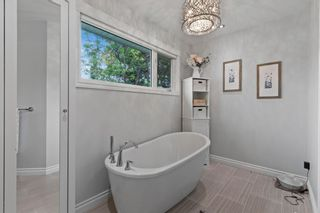 Photo 14: 432 Woodland Crescent SE in Calgary: Willow Park Detached for sale : MLS®# A1147020
