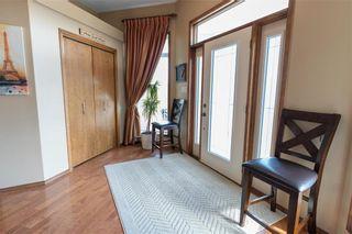 Photo 2: 29 KINDERSLEY Drive in Winnipeg: East St Paul Residential for sale (3P)  : MLS®# 202109082