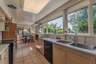Photo 14: 1745 PALMERSTON Avenue in West Vancouver: Ambleside House for sale : MLS®# R2202036