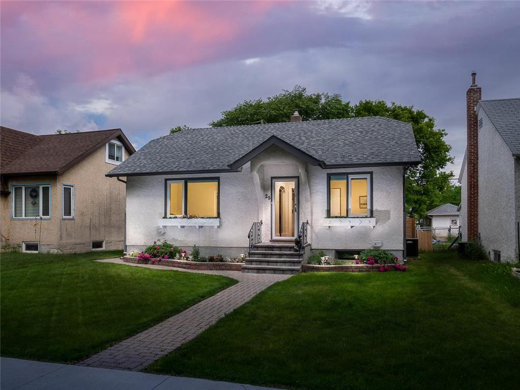 Main Photo: 25 Blenheim Avenue in Winnipeg: St Vital Residential for sale (2D)  : MLS®# 202115199