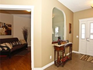 Photo 2: 96 EVANSPARK Circle NW in CALGARY: Evanston Residential Detached Single Family for sale (Calgary)  : MLS®# C3547382