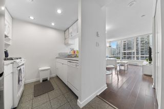 Photo 3: 1709 928 BEATTY Street in Vancouver: Yaletown Condo for sale (Vancouver West)  : MLS®# R2615839