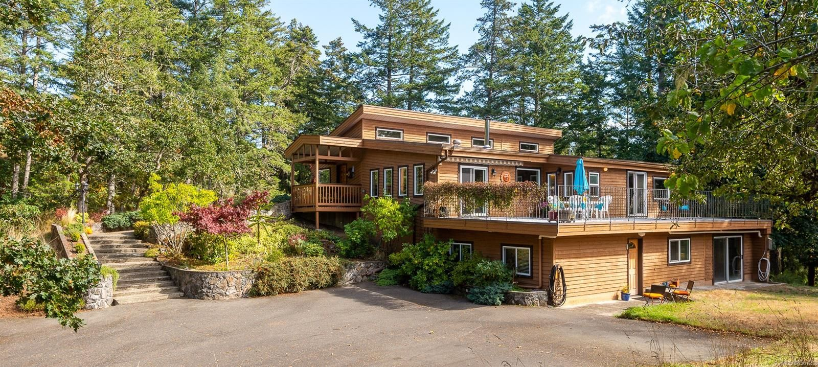 Main Photo: 4263 Happy Valley Rd in : Me Metchosin House for sale (Metchosin)  : MLS®# 856721