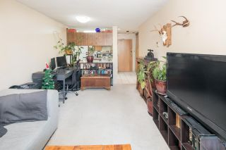 """Photo 3: PH4 1040 PACIFIC Street in Vancouver: West End VW Condo for sale in """"CHELSEA TERRACE"""" (Vancouver West)  : MLS®# R2226216"""