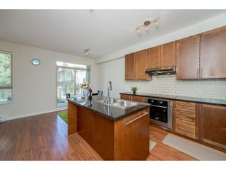 """Photo 7: 26 2738 158 Street in Surrey: Grandview Surrey Townhouse for sale in """"Cathedral Grove"""" (South Surrey White Rock)  : MLS®# R2258929"""