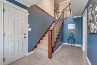 """Photo 2: 8585 THORPE Street in Mission: Mission BC House for sale in """"FAIRBANKS"""" : MLS®# R2257728"""