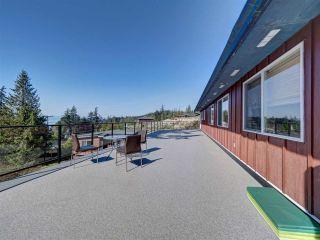 "Photo 14: 5918 SUNSHINE COAST Highway in Sechelt: Sechelt District House for sale in ""DOWNTOWN SECHELT"" (Sunshine Coast)  : MLS®# R2585676"