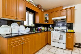Photo 5: 2652 E 5TH Avenue in Vancouver: Renfrew VE House for sale (Vancouver East)  : MLS®# R2152561