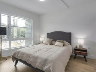"""Photo 15: 609 3488 W SAWMILL Crescent in Vancouver: Champlain Heights Condo for sale in """"THREE TOWN CENTER"""" (Vancouver East)  : MLS®# R2298460"""