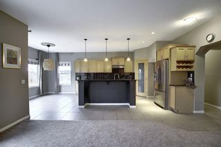 Photo 3: 135 Rockborough Park NW in Calgary: Rocky Ridge Detached for sale : MLS®# A1042290