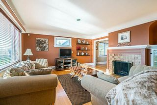 Photo 2: 1609 EIGHTH AVENUE in New Westminster: West End NW House for sale : MLS®# R2310892