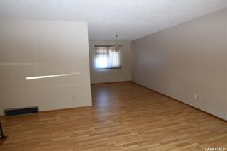 Photo 5: 512 Canawindra Cove in Nipawin: Residential for sale : MLS®# SK820849