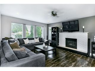 Photo 5: 5261 198 Street in Langley: Langley City House for sale : MLS®# R2485942