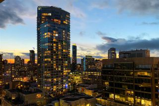 """Photo 1: 2306 777 RICHARDS Street in Vancouver: Downtown VW Condo for sale in """"TELUS GARDEN"""" (Vancouver West)  : MLS®# R2512538"""