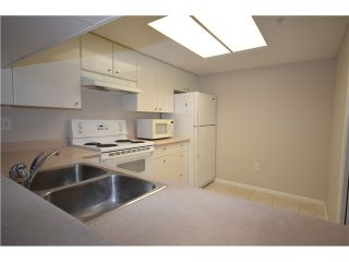 """Photo 3: 805 1196 PIPELINE Road in Coquitlam: North Coquitlam Condo for sale in """"THE HUDSON"""" : MLS®# V990430"""