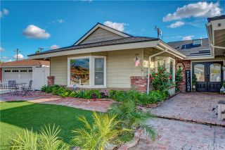 Photo 3: 16334 Red Coach Lane in Whittier: Residential for sale (670 - Whittier)  : MLS®# PW21054580