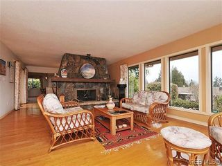 Photo 3: 8914 Pender Park Dr in NORTH SAANICH: NS Dean Park House for sale (North Saanich)  : MLS®# 632377