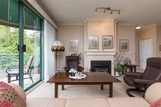 Photo 4: 404 1705 MARTIN Drive in Surrey: Sunnyside Park Surrey Condo for sale (South Surrey White Rock)  : MLS®# R2303776