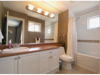 """Photo 10: 6 15168 66A Avenue in Surrey: East Newton Townhouse for sale in """"Porter's Cove"""" : MLS®# F1428816"""