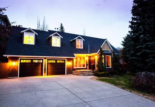 Photo 2: 2320 12 Street SW in Calgary: Upper Mount Royal Detached for sale : MLS®# A1105415
