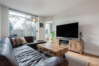 """Photo 4: 412 2520 MANITOBA Street in Vancouver: Mount Pleasant VW Condo for sale in """"THE VUE"""" (Vancouver West)  : MLS®# R2561993"""