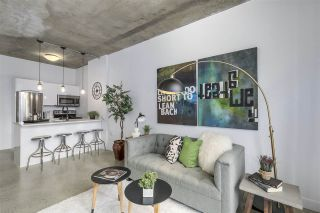 """Photo 5: 209 22 E CORDOVA Street in Vancouver: Downtown VE Condo for sale in """"Van Horne"""" (Vancouver East)  : MLS®# R2252419"""